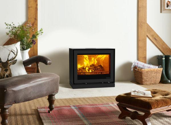 Freestanding-Elise-680-steel-with-Plinth-Woodburning-Rear-Flue-LB