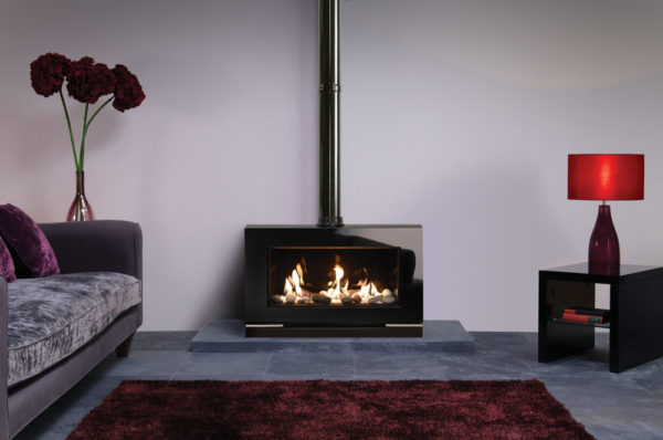 Gas-Vision-Large-conventional-flue-with-Pebble-Stone-fuel-effect-and-Black-Glass-lining-LB