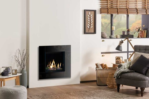 Riva2-500HL-Slimline-Icon-XS-with-EchoFlame-Black-Glass-lb