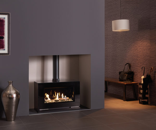 Vision-Large-Balanced-Flue-with-Pebble-Stone-fuel-bed-Black-Glass-lining-and-Gloss-Black-flue-pipe-lb-1