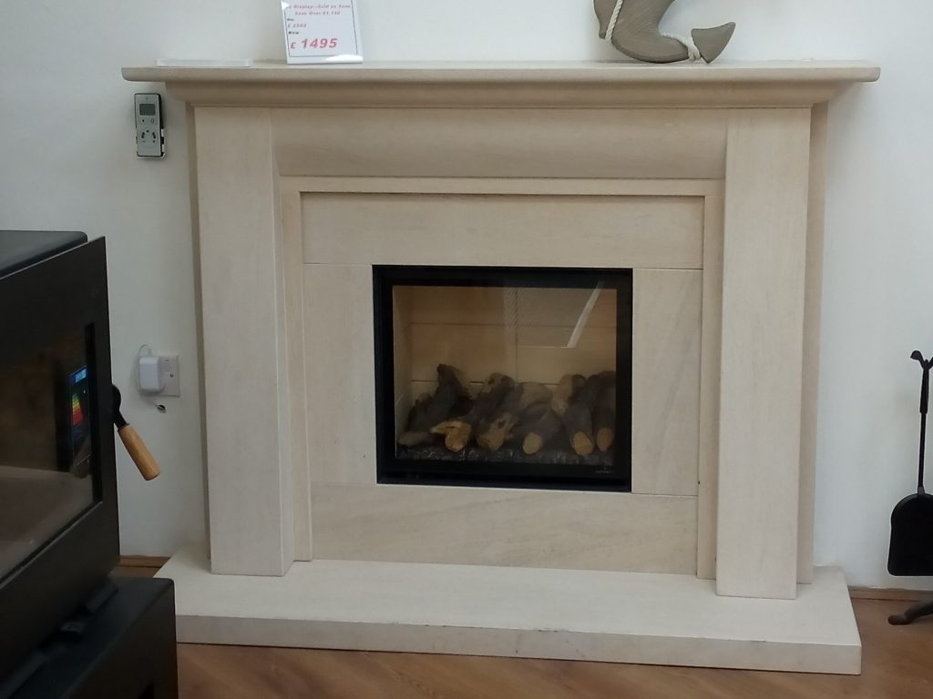 Infinity 480FL with Stokesay Fireplace